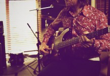 Recording 'Western Sun' – Ash in the studio